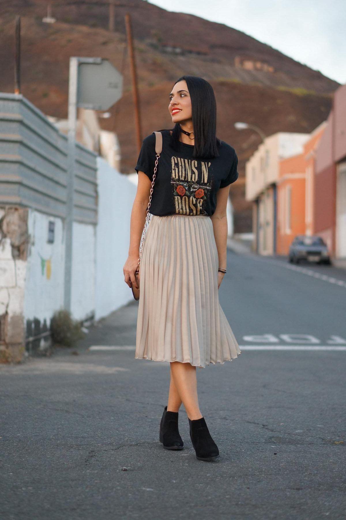 02191d5ee Falda plisada rosa | outfits. | Faldas plisadas, Faldas y Looks con ...
