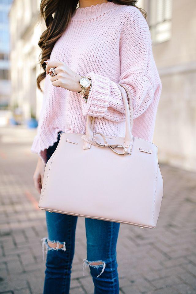 love the bow on this Sole Society handbag!