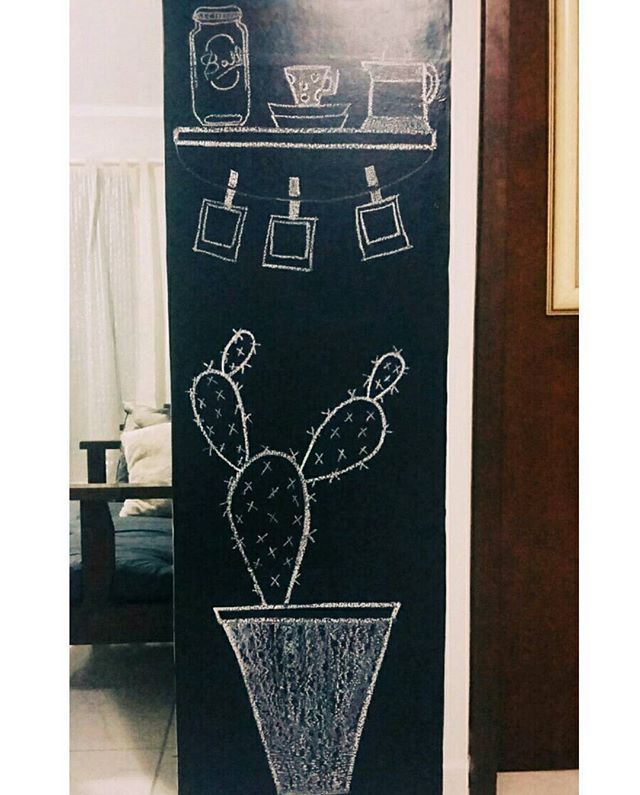 Chalk da semana  #casadaMari #paredelousa #chalk #chalkboard #quadronegro #giz #decor #desenho #cactus #cute #parede #blogeueminhairmã