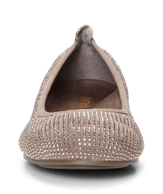 4dd17c2147aa Add a little class to your casual shoes with the Spark Willow by Vionic.  Award