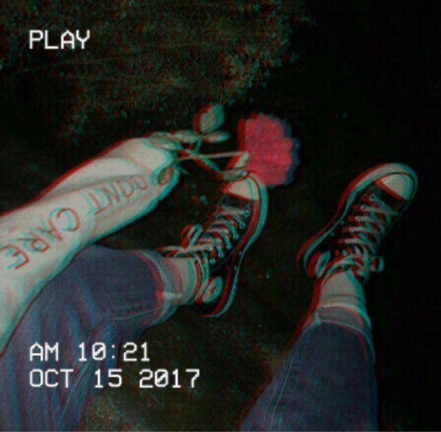 ᴘɪɴᴛᴇʀᴇsᴛ: #aesthetic #rose #grunge #dead #twitter #dark #kpop #tumblr #grungeaesthetic