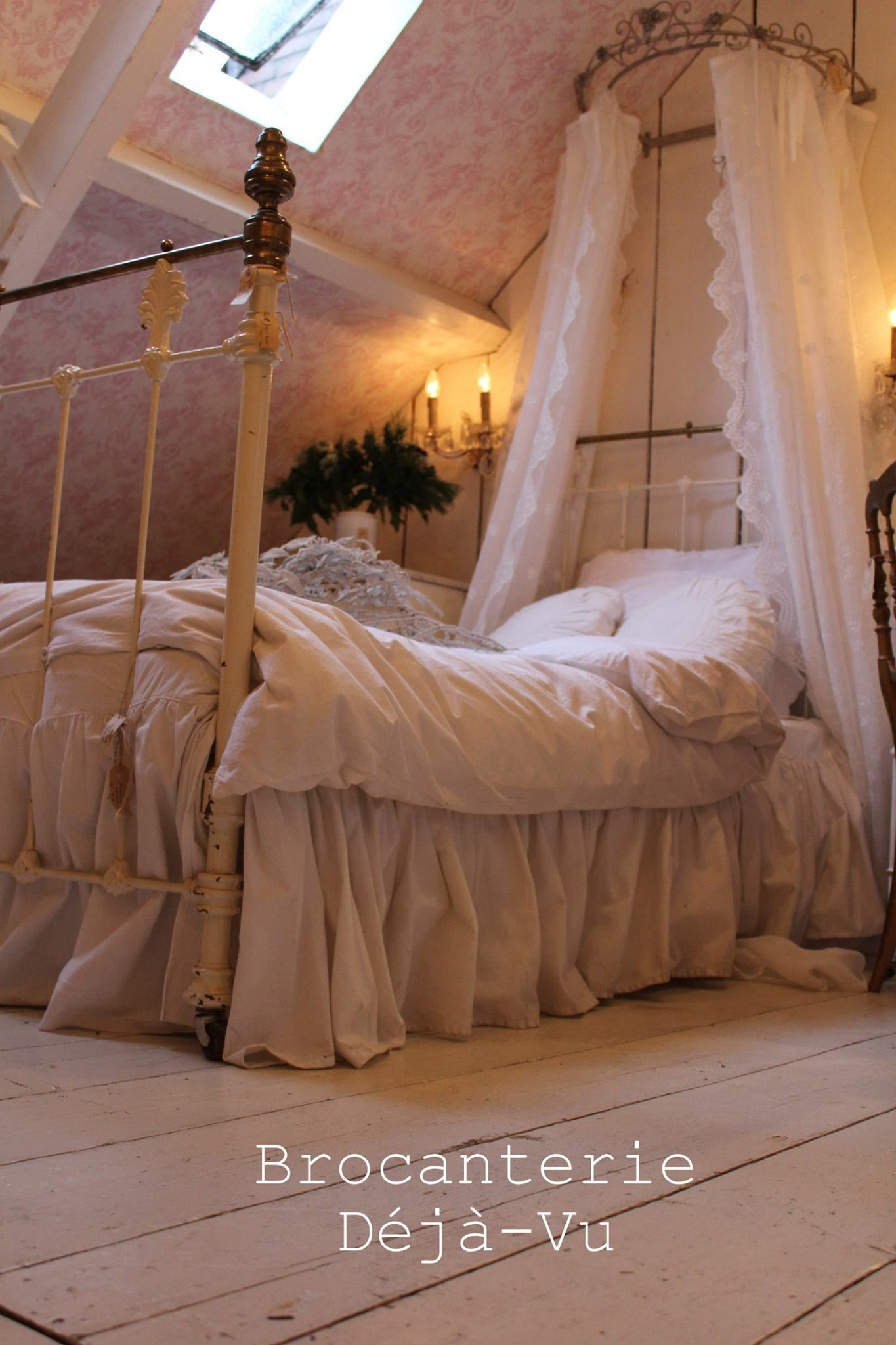 Pin by G:a Affären on BEAUTIFUL IRONBEDS in 2019   Shabby ...