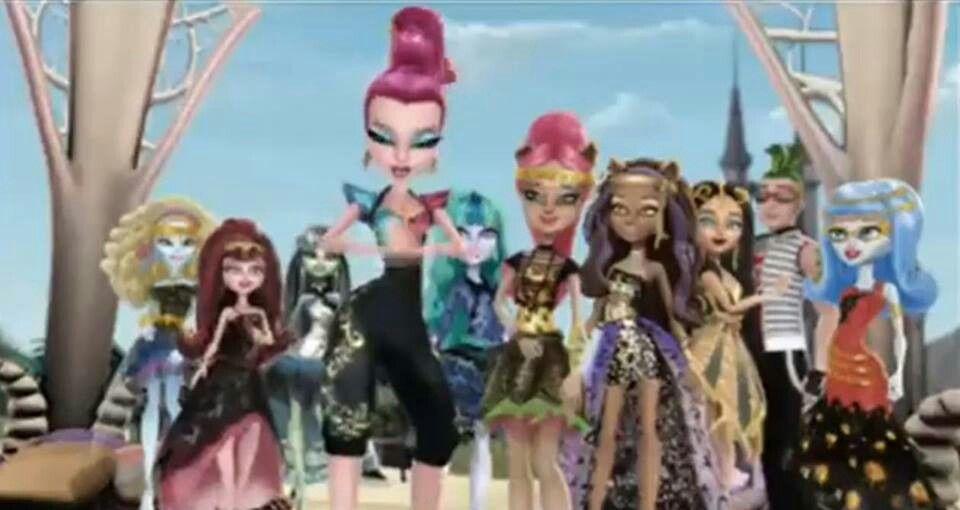 Monster High Frankie Cleo Deuce Gigi And Ghoulia Monster High Charaktere Monster High Monster