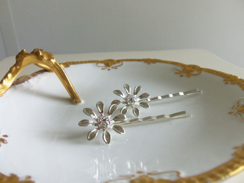 Junior bridesmaid hair accessories - Silver Daisy Bobbies Set Of 2 Junior Bridesmaid Flower Girl Wedding Accessory