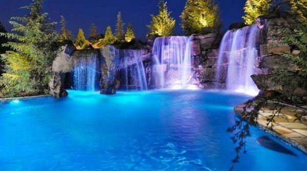 We will show you 20 amazing pools with waterfalls to inspire you for