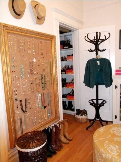 LOVE the huge framed cork bulletin board...so need it for all my jewelry! Great idea!!
