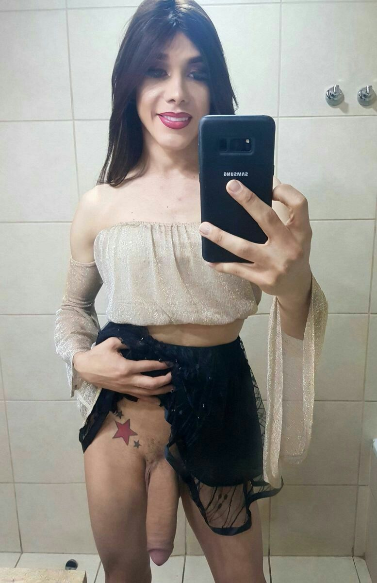 Sexy Latina Teen Striptease