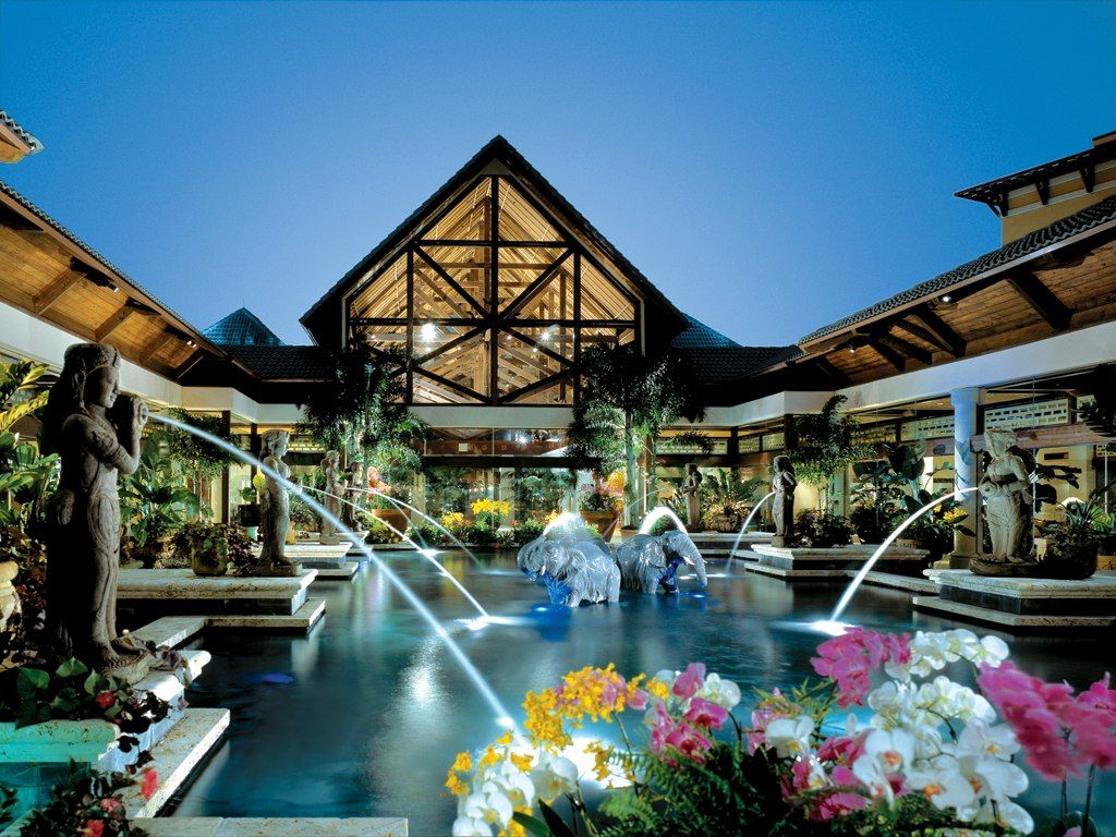 Universal Studios Orlando Royal Pacific Hotel