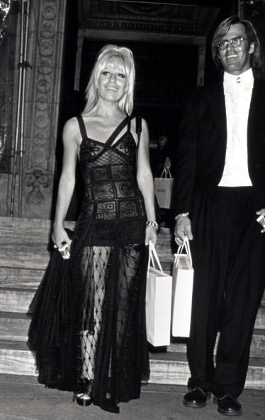 The Evolution Of Donatella Versace S Powerful And Bold Personal