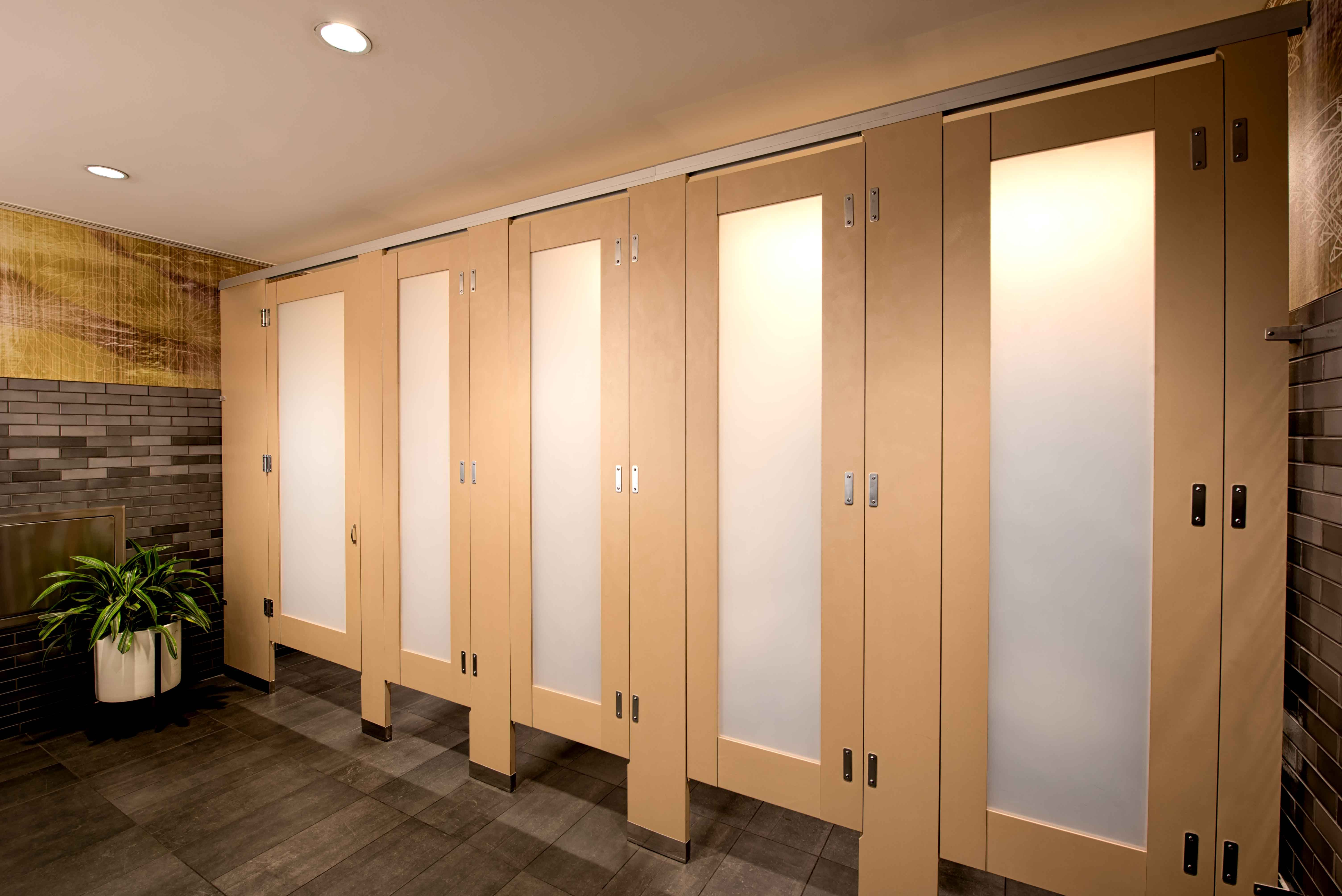 Ironwood Manufacturing Laminate Toilet Partition And Bathroom