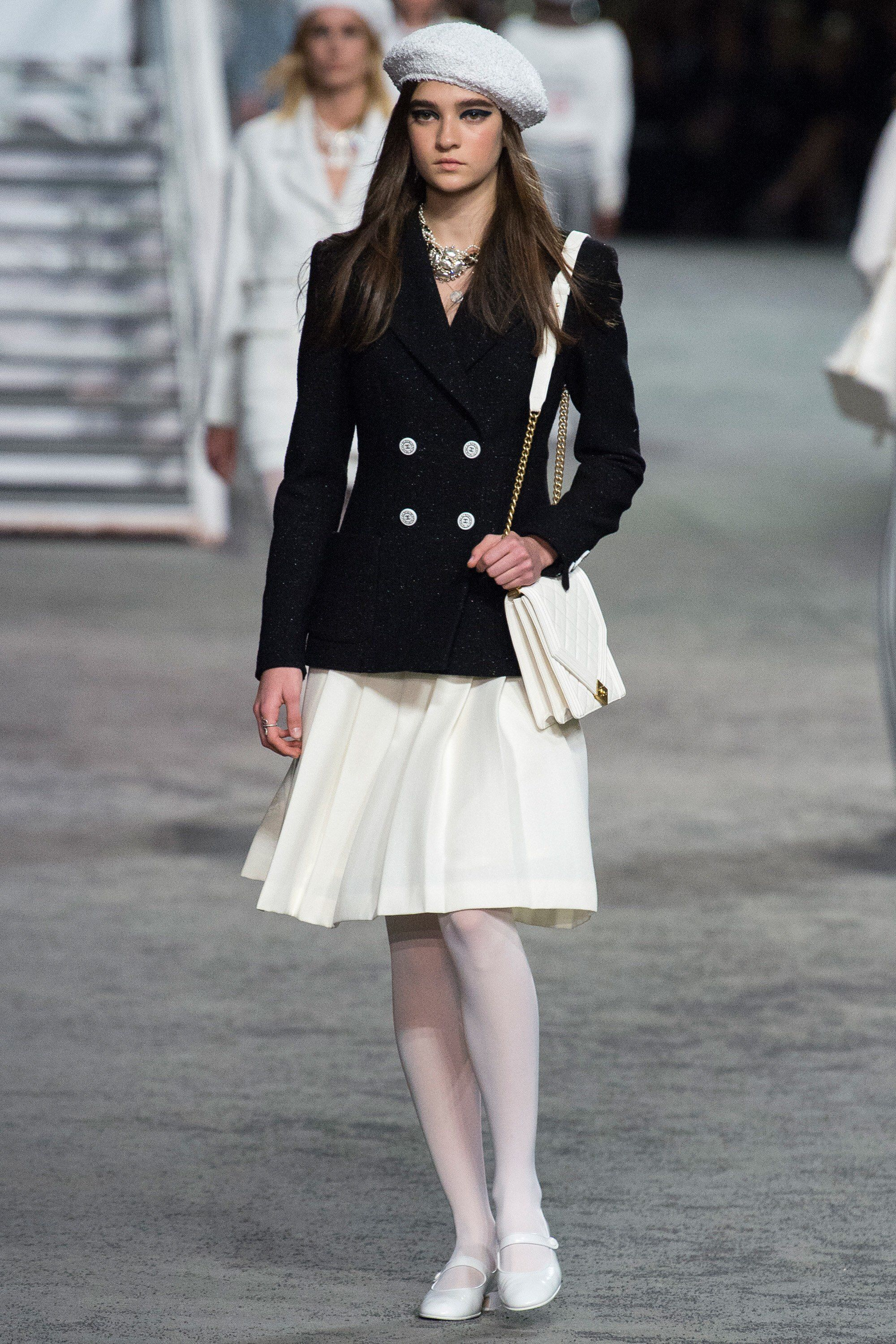 c3a70bf1501 Chanel Resort 2019 Fashion Show Collection  See the complete Chanel Resort  2019 collection. Look 5