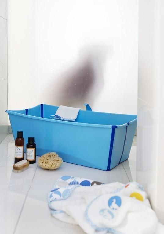 Genius Way To Bathe Baby In A Shower Stall Uniquely Foldable