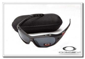oakley famous and fashion only 17 99 casual outfits rh pinterest com