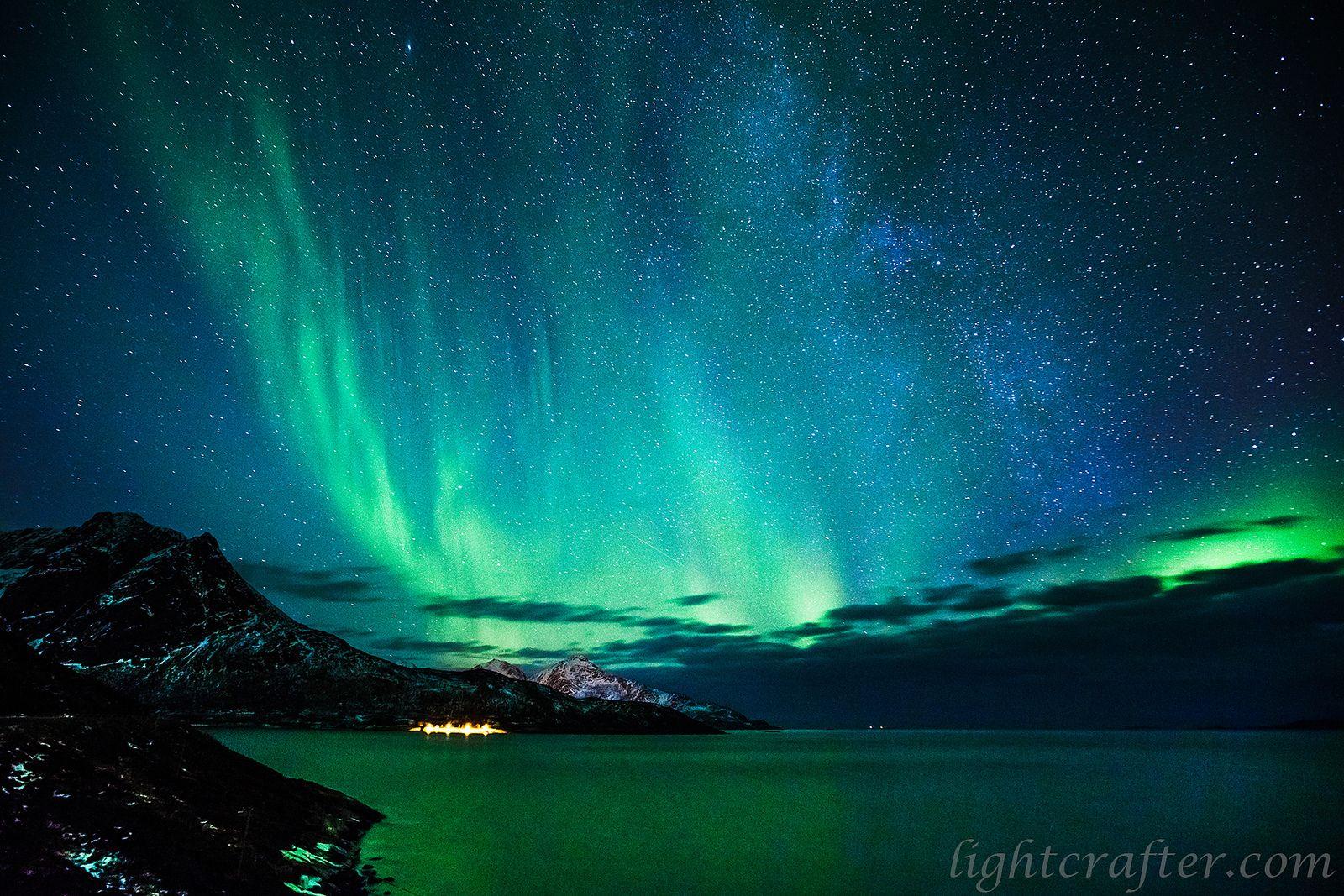 Candid. Nature Milky Aurora Tromso