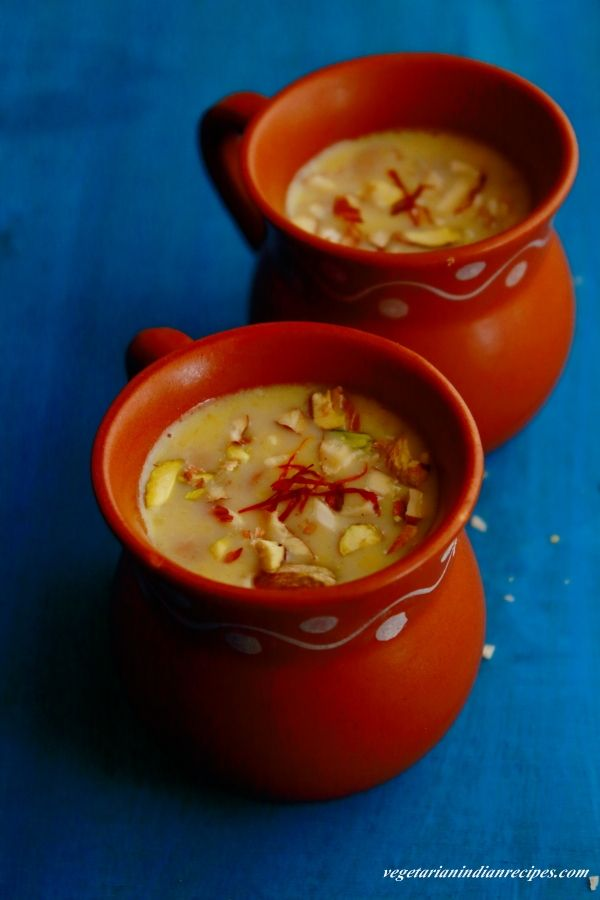 besan kheer - tasty and easy to make kheer recipe with gram flour, milk, sugar and ghee.