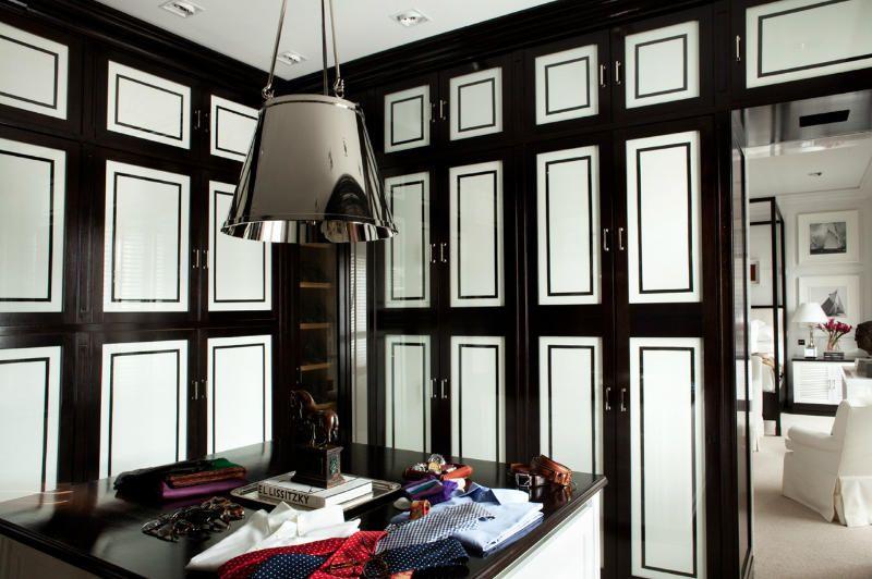 Dressing room by Madrid interior designer Luis Bustamante ...