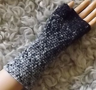Simple Crocheted Fingerless Glove With Thumb Gusset Crochet Hands