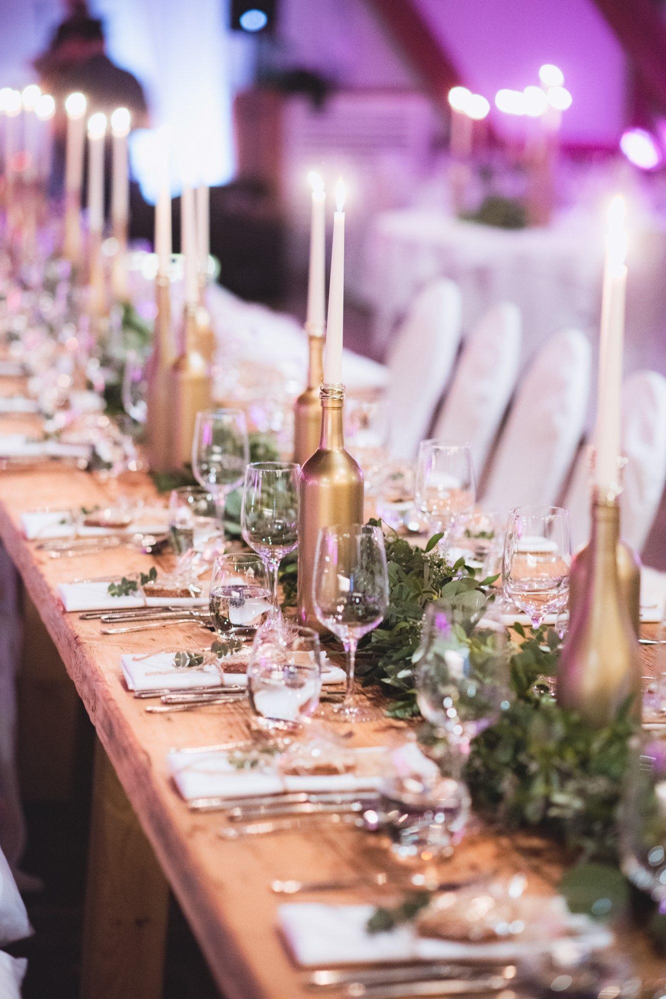 Hochzeitsdekoration #DIY #Vintage #Gold #Bottles #jbhochzeitsfotografie   – My Work: Hochzeitsfeier & Hochzeitsdekoration