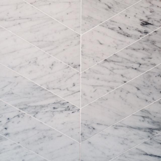 Carrara Chevron Tile Chevron Tile Honed Carrara Marble Stone Mosaic Tile