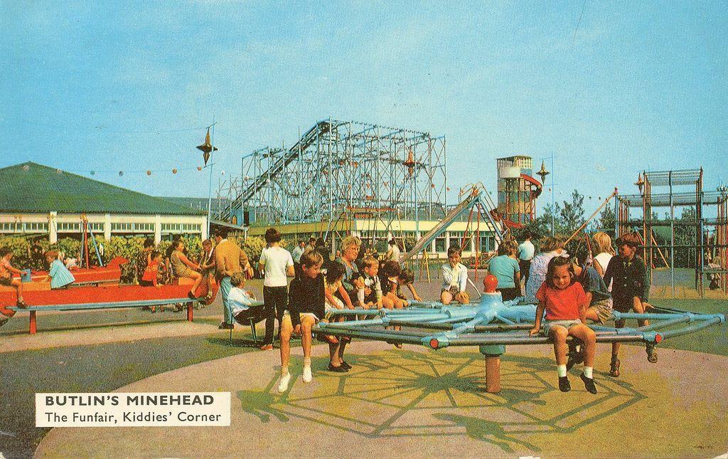 Butlins Minehead Funfair (1960s Postcard) Butlins