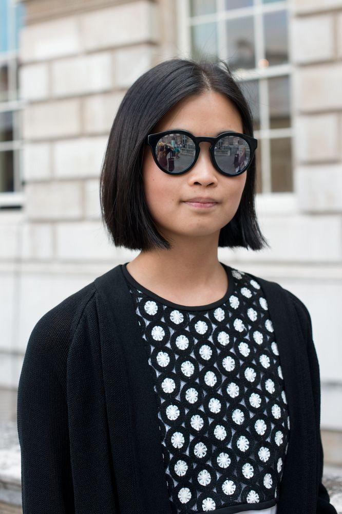 Square Above The Shoulders Hair Cuts One Length Pinterest