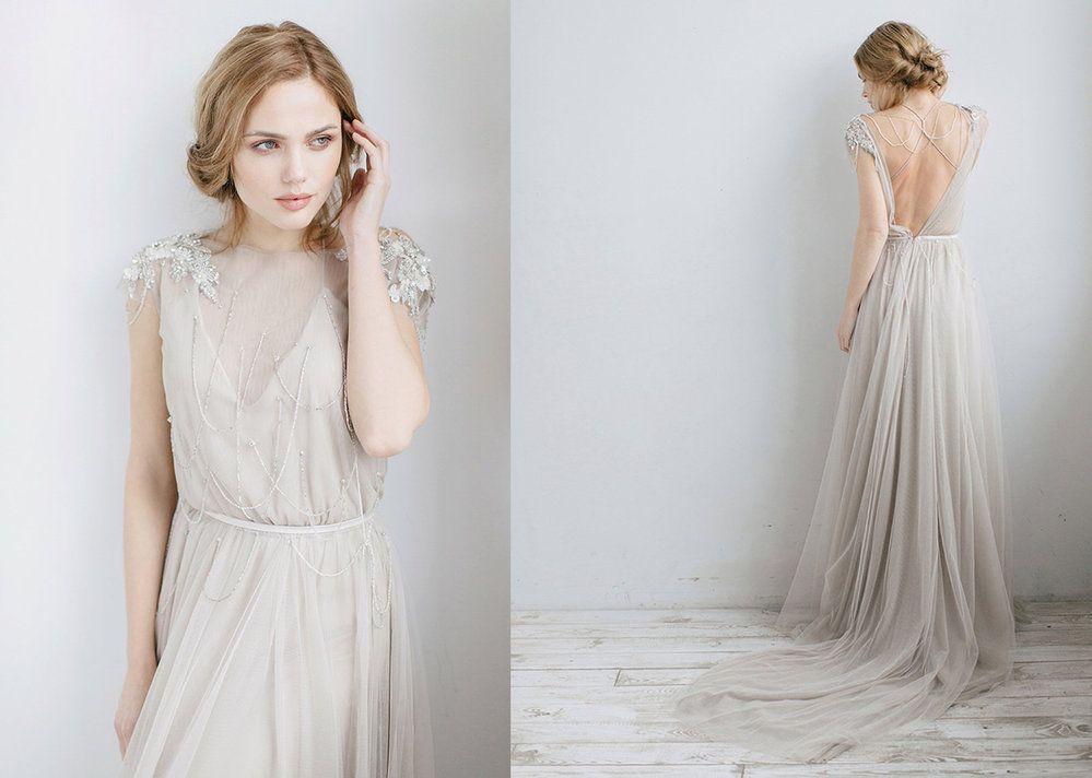 083b8e51b6d3 Splývavé svatební šaty salon Le Monika