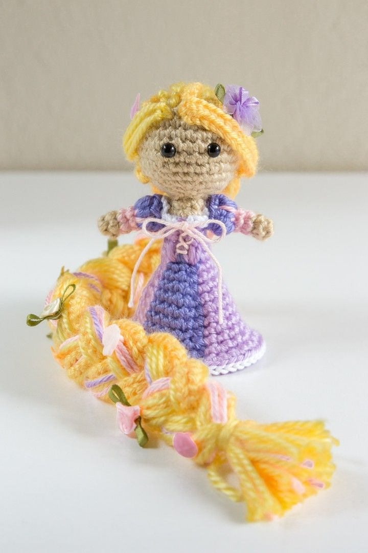 Disney Princess Rapunzel Crochet Amigurumi Doll. Pattern by Sahrit ...