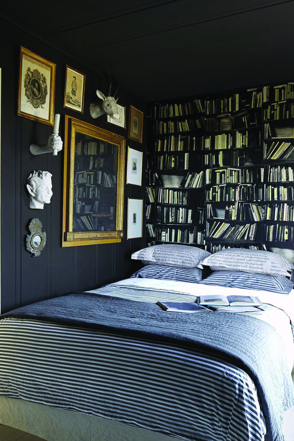 4 Measures To Creating The Utmost Black And White Bedroom Small Bedroom Designs Eclectic Bedroom Blue Bedroom Decor