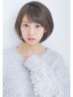 大人可愛いひし形ショートボブヘア 透明感カラー 中村 清彦 髪型画像 ヘアスタイリング トレンドヘア