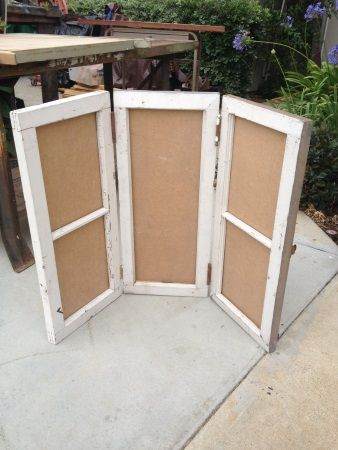 Heres A Great Idea For A Display Piece Three Old Windows Attached