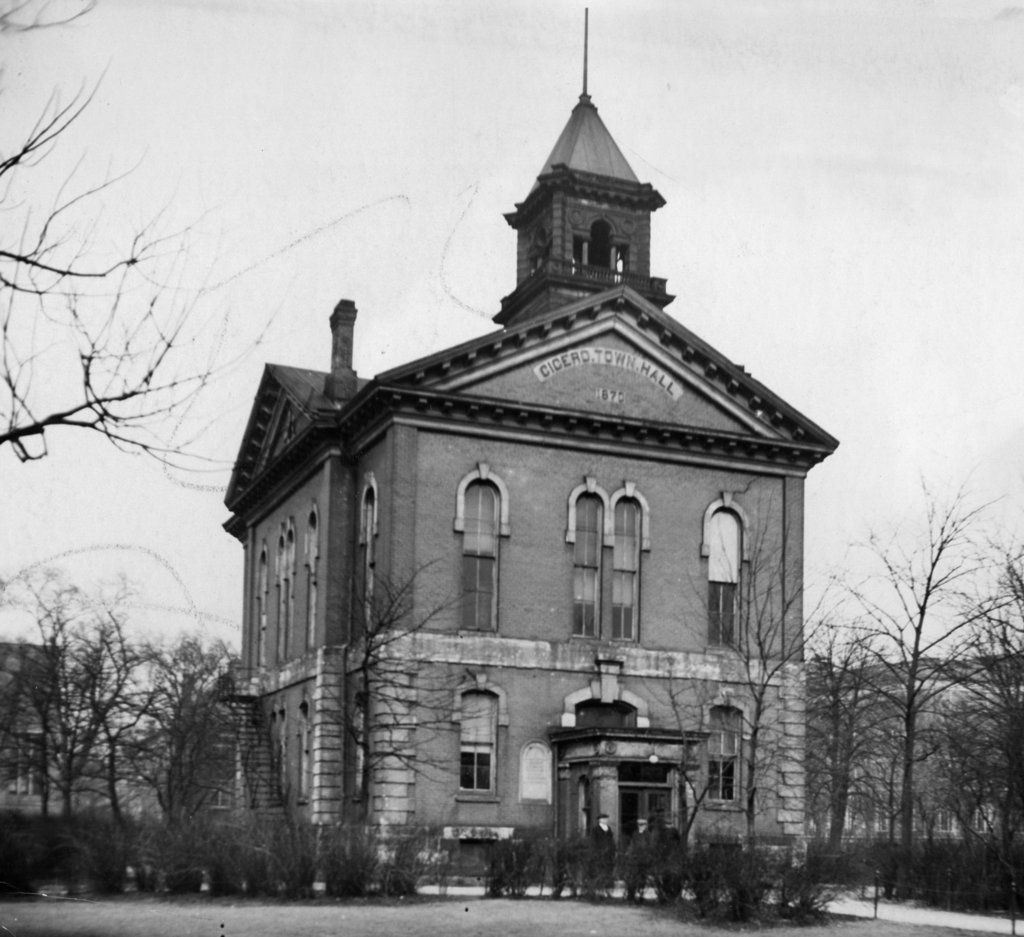 Feb. 7, 1928 Cicero's old town hall at 5600 W. Lake St