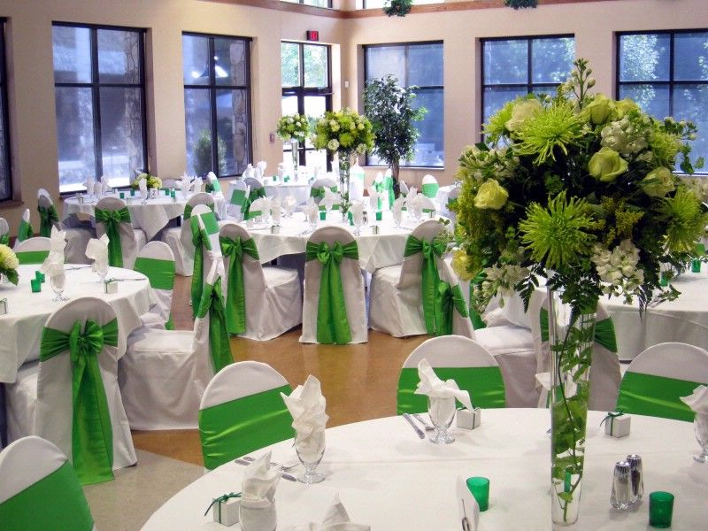 January Wedding Colors 2013 Emerald Green Color Of 2013