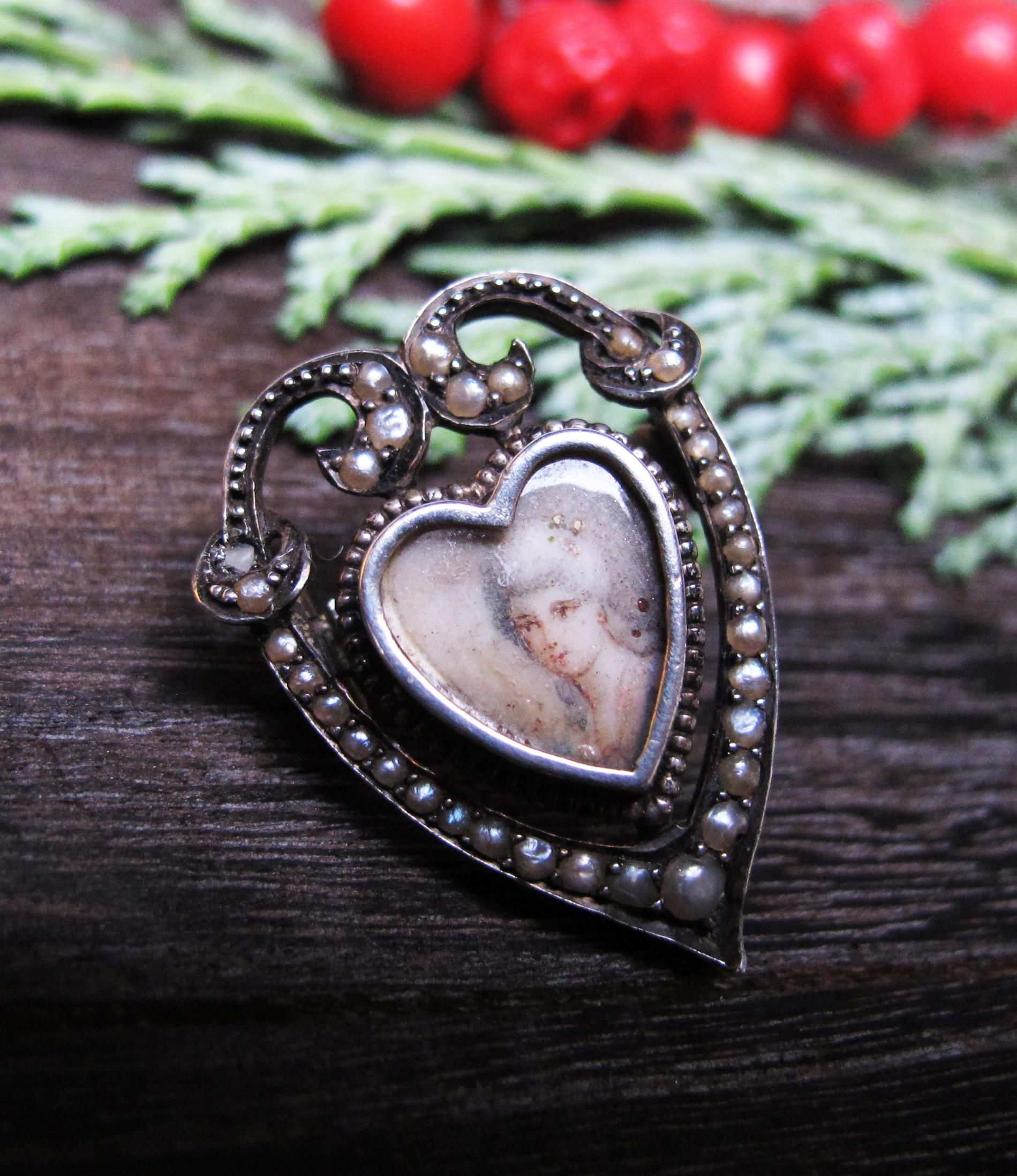 *Portrait of a Lady* Antique Georgian Portrait Miniature Brooch in Silver with Pearls
