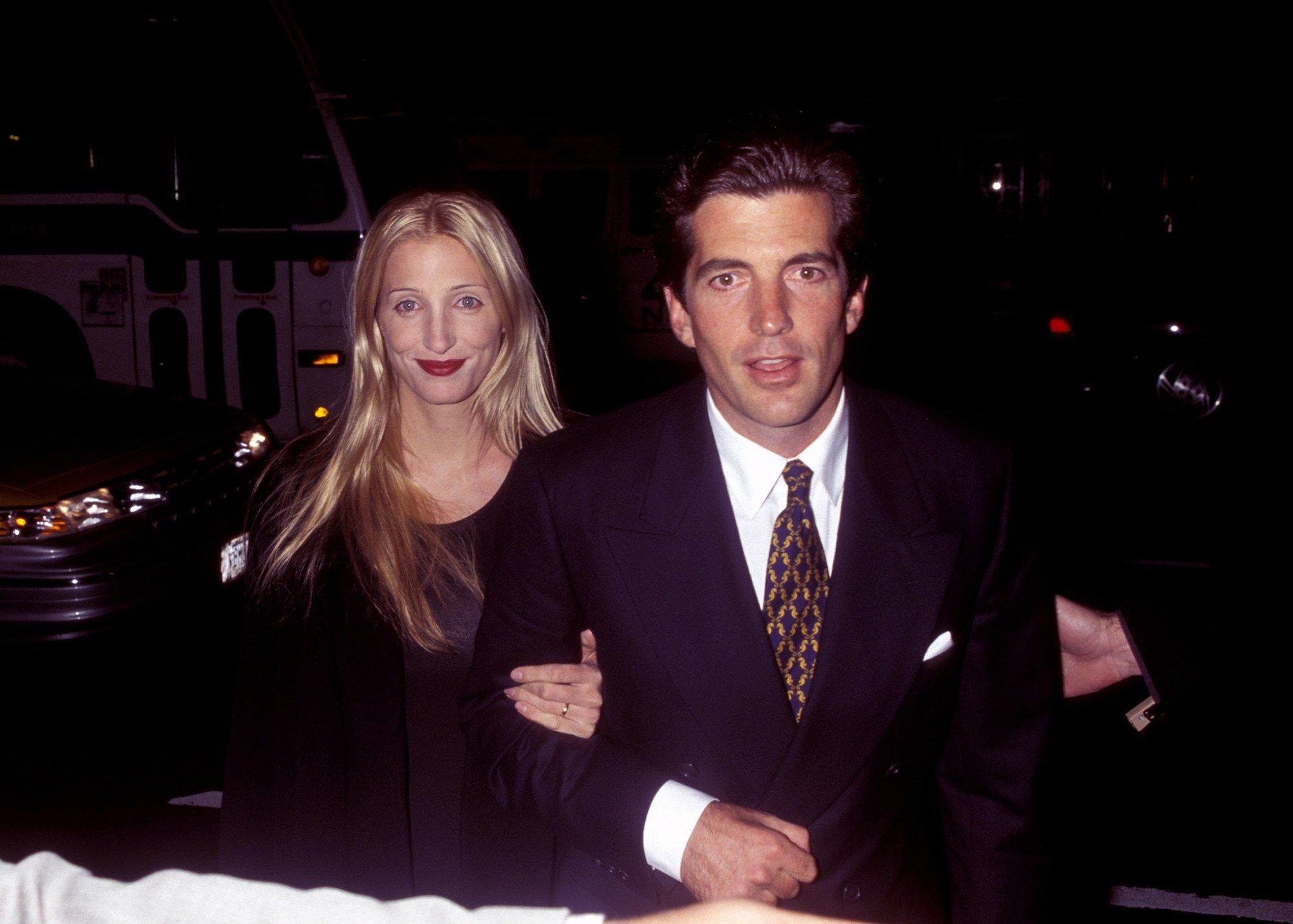 A Look Back At Carolyn Bessette Kennedy And John F Kennedy, Jr's Romance