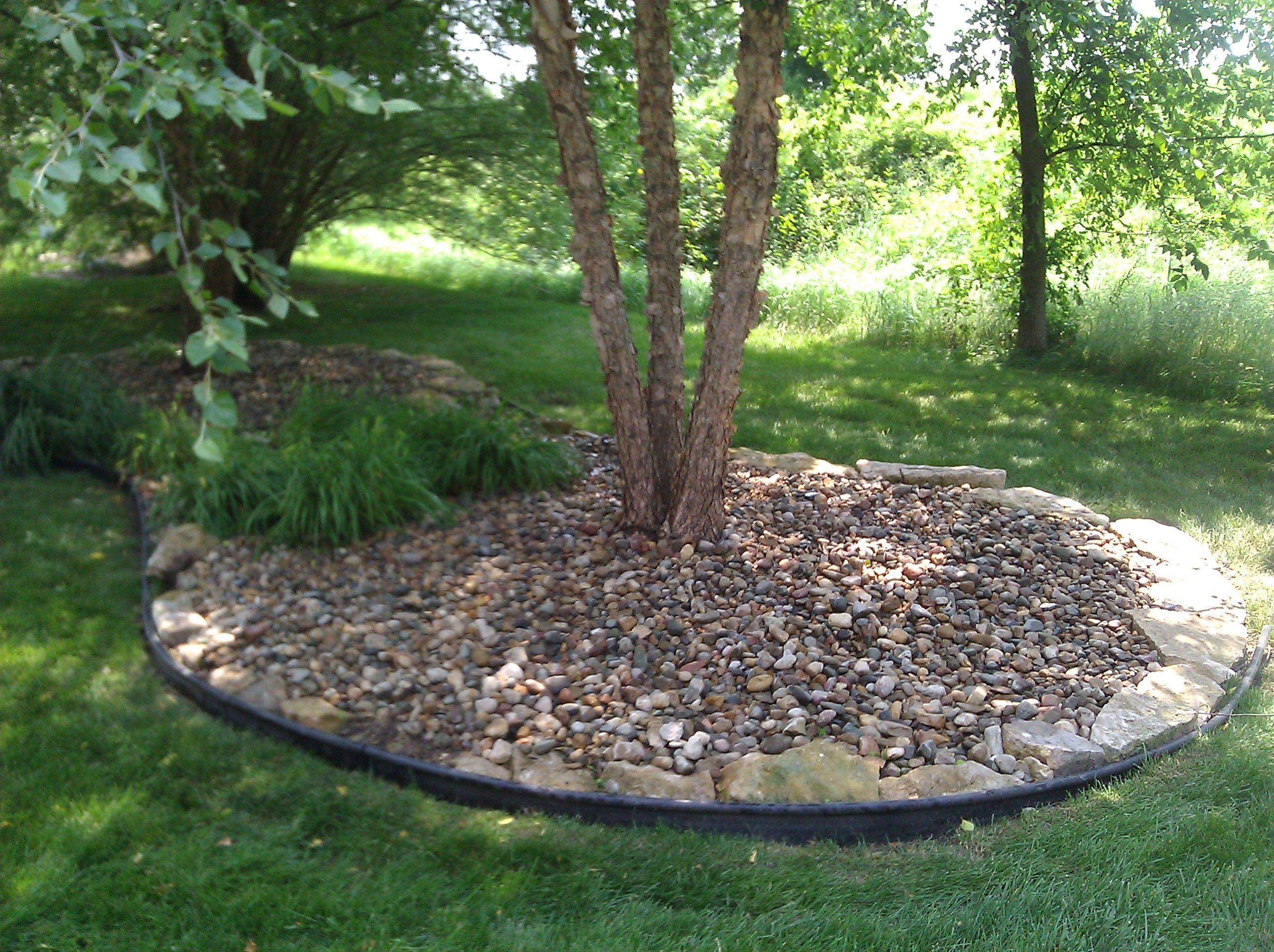 How To Make Rock Mulch Look Amazing Like This Idea For Oak Out