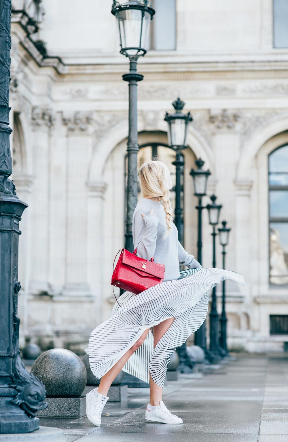 Fashion - Kira Kosonen All grey outfit