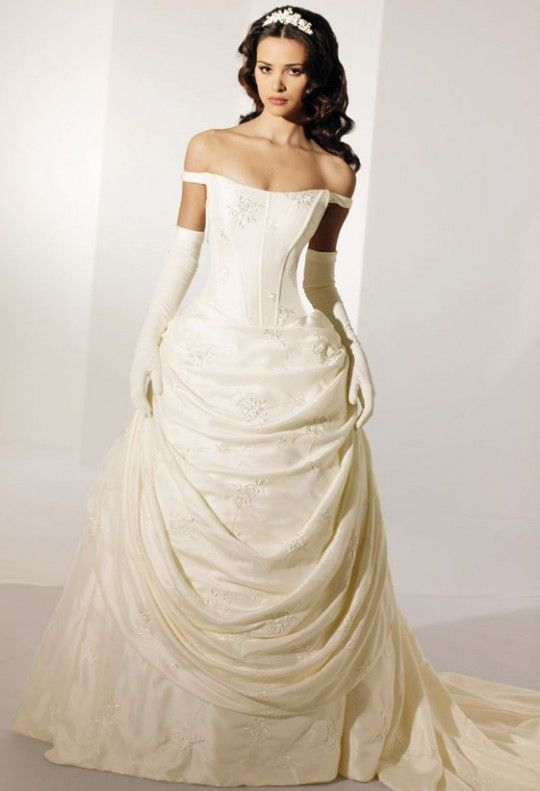 Adore This One Celtic Wedding Dresses Present A Testament Of