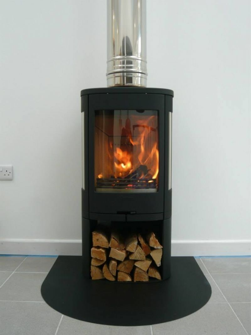 Contura 850 Fitted Onto A Bespoke Metal Hearth That Was Painted To Match The Sto Bespok Freestanding Fireplace Wood Burning Stove Stove Installation