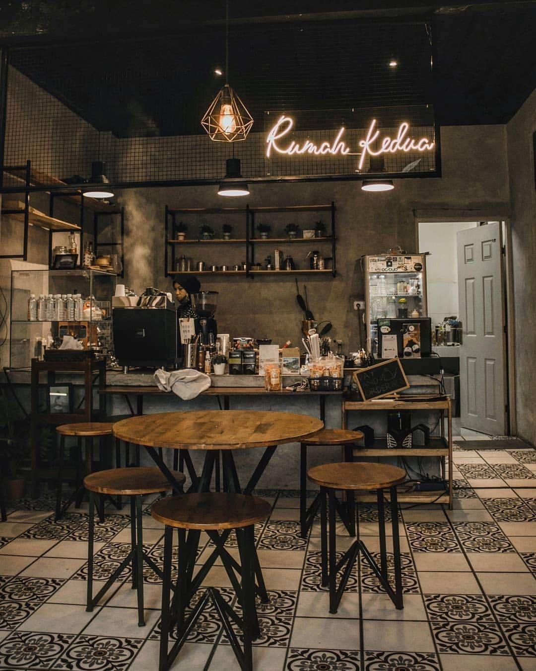 110 Curtidas 0 Comentarios World Of Coffee Worldofcoffeeofficial No Instagram Project Malawat Coffee Shop Cafe Decor Coffee Shop Design