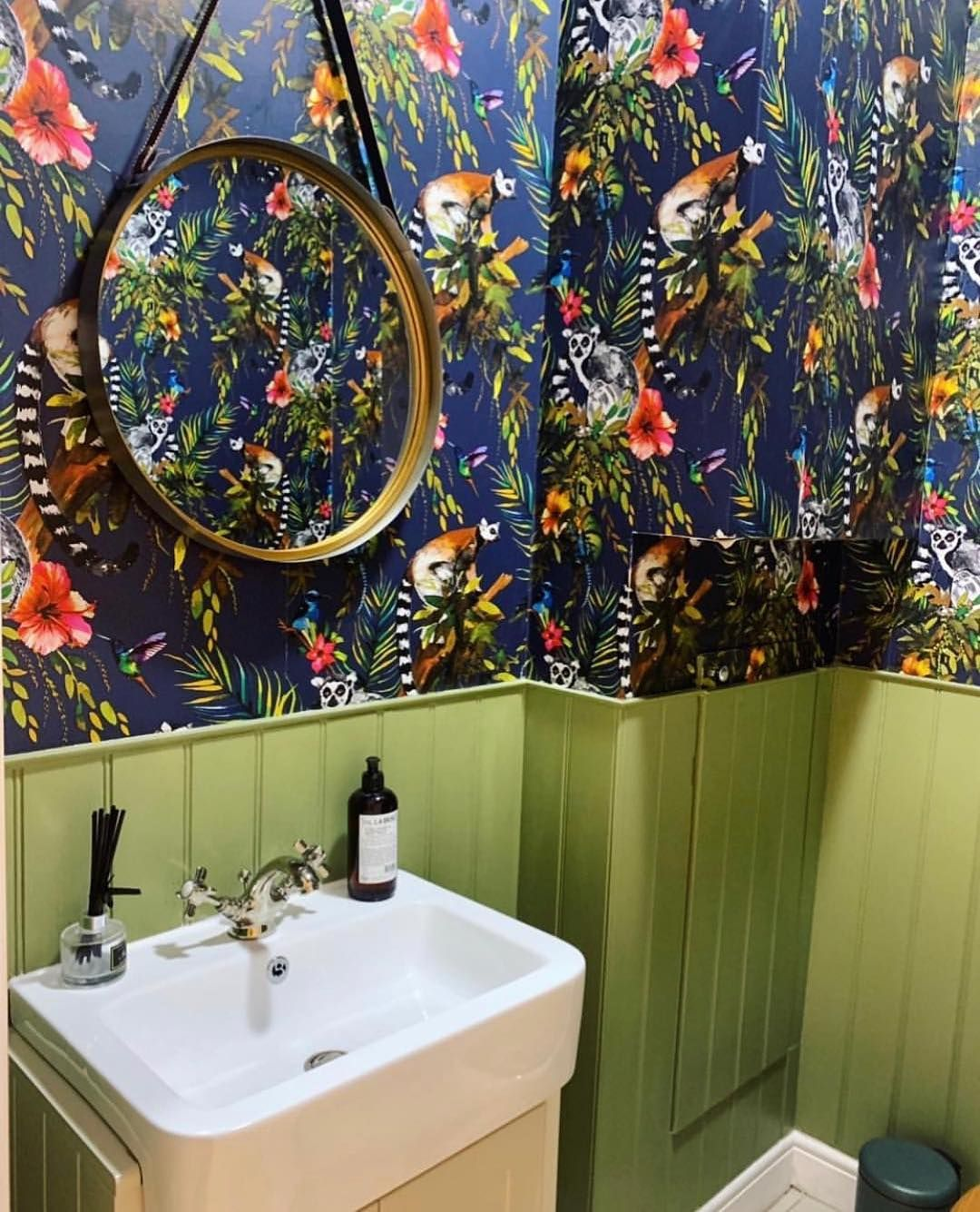 Green Is The Colour Of Growth Harmony And Balance From Deep Emerald To Soothing Sage Adorning Your Wa Small Bathroom Wallpaper Bathroom Wallpaper Green Tile