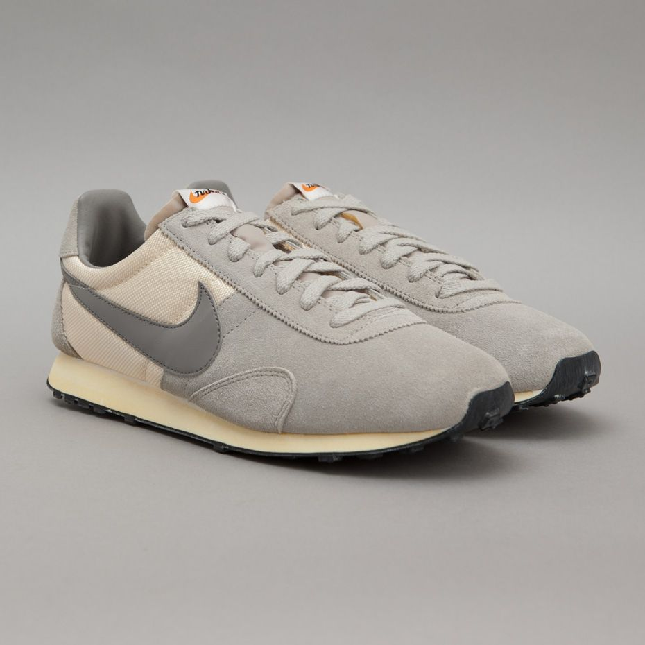 lowest price 9baed 11727 Nike Pre Montreal Racer in Natural  Light Charcoal  Granite