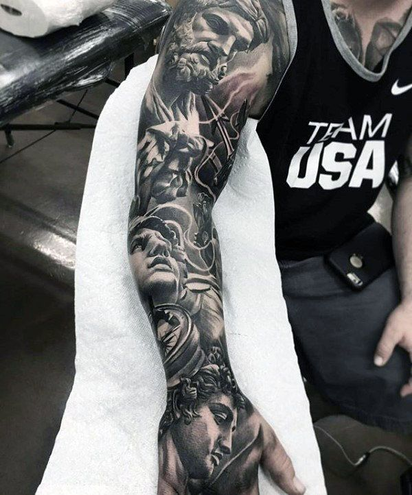 Straight tattoed guy fucks powerfully