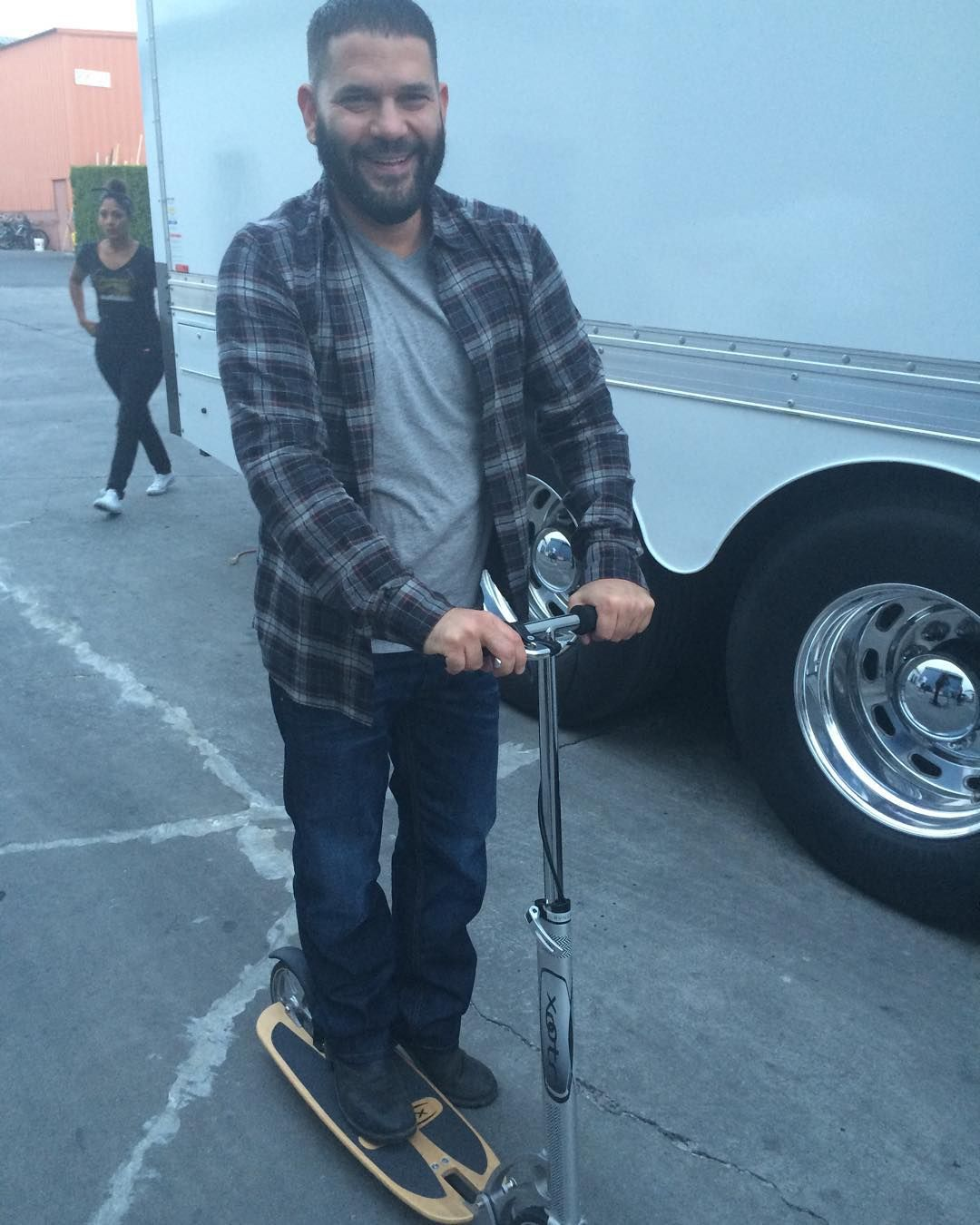 @guillermodiazreal is so freakin cute on his scooter. He goes from Scooter to Torture in under 10 seconds #ScandalKatie - @ktqlowes