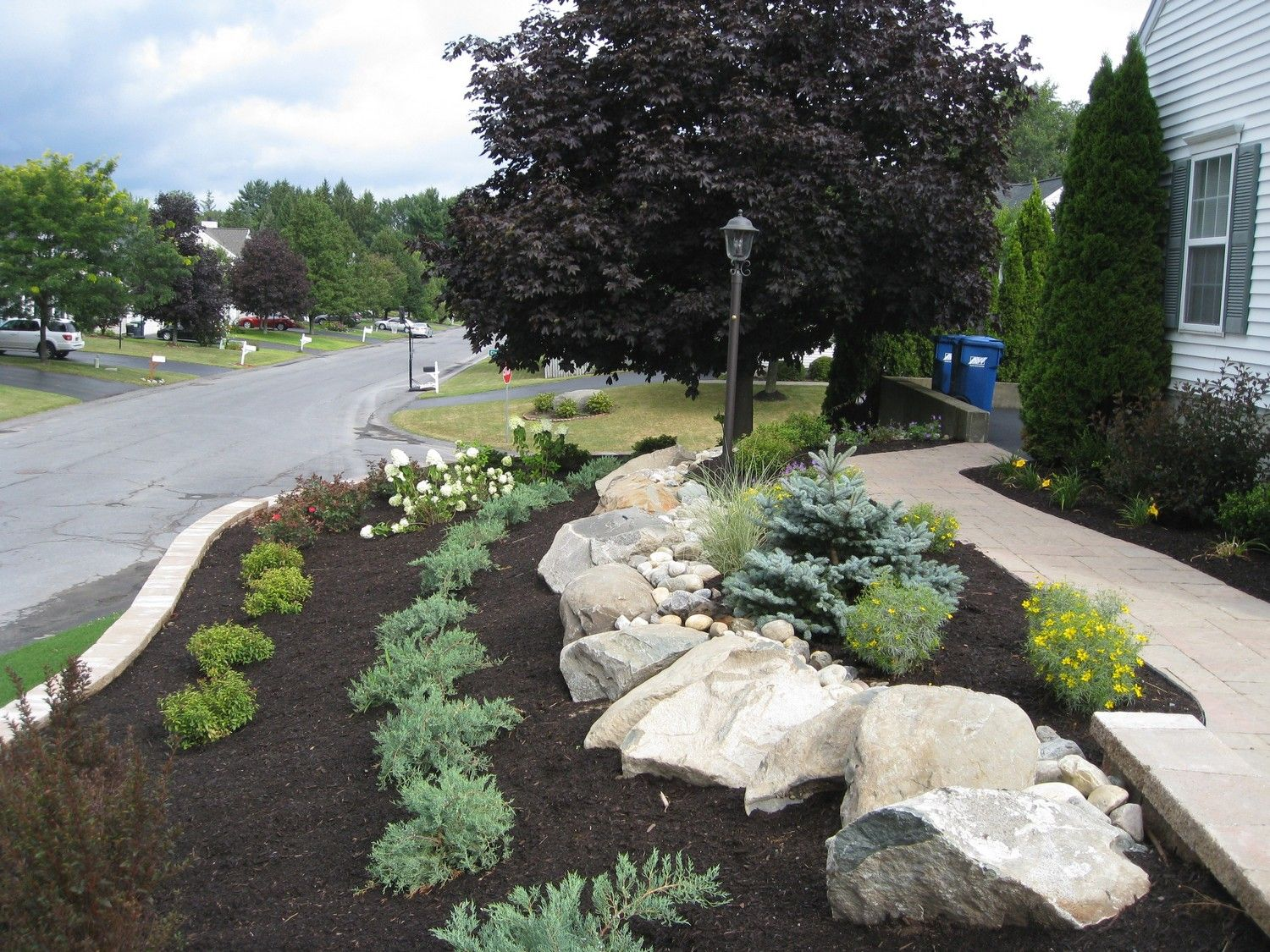 landscaping ideas for a steep front yard garden designer | Front ...