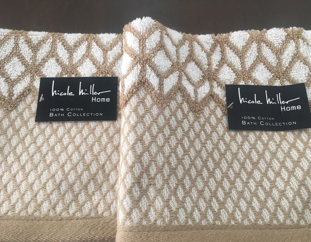 Merveilleux Nicole Miller Home Bath Collection Set Of 2 Towels 100% Cotton Reversible