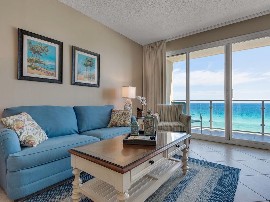 Direct Beach Front Platinum Free Beach Ser Vrbo Destin 6th Floor Oceanfront Vacation Rentals Vacation Home Rentals House Rental