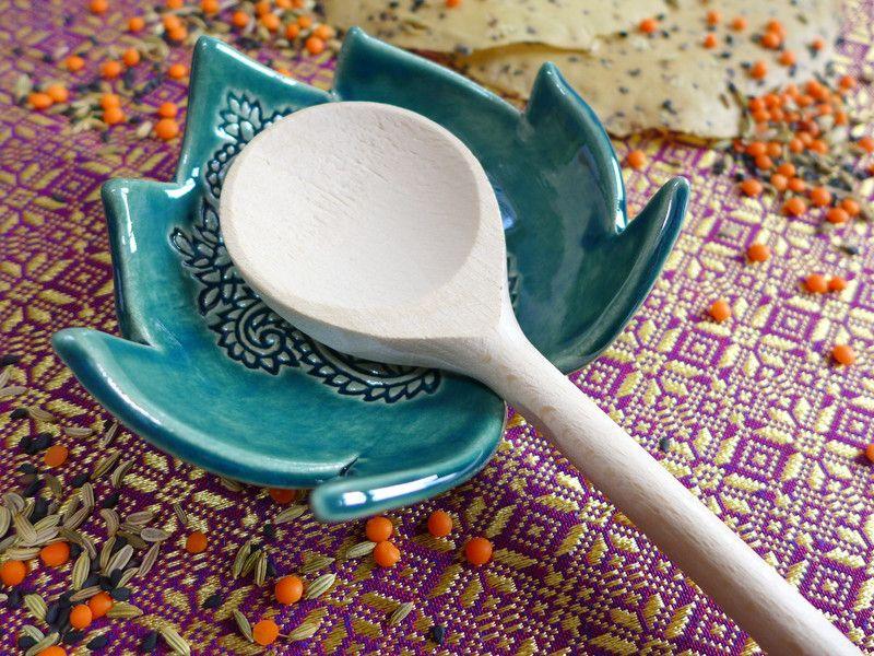 Kochutensilien - Kochlöffelablage - ein Designerstück von pokopox bei DaWanda #slabpottery
