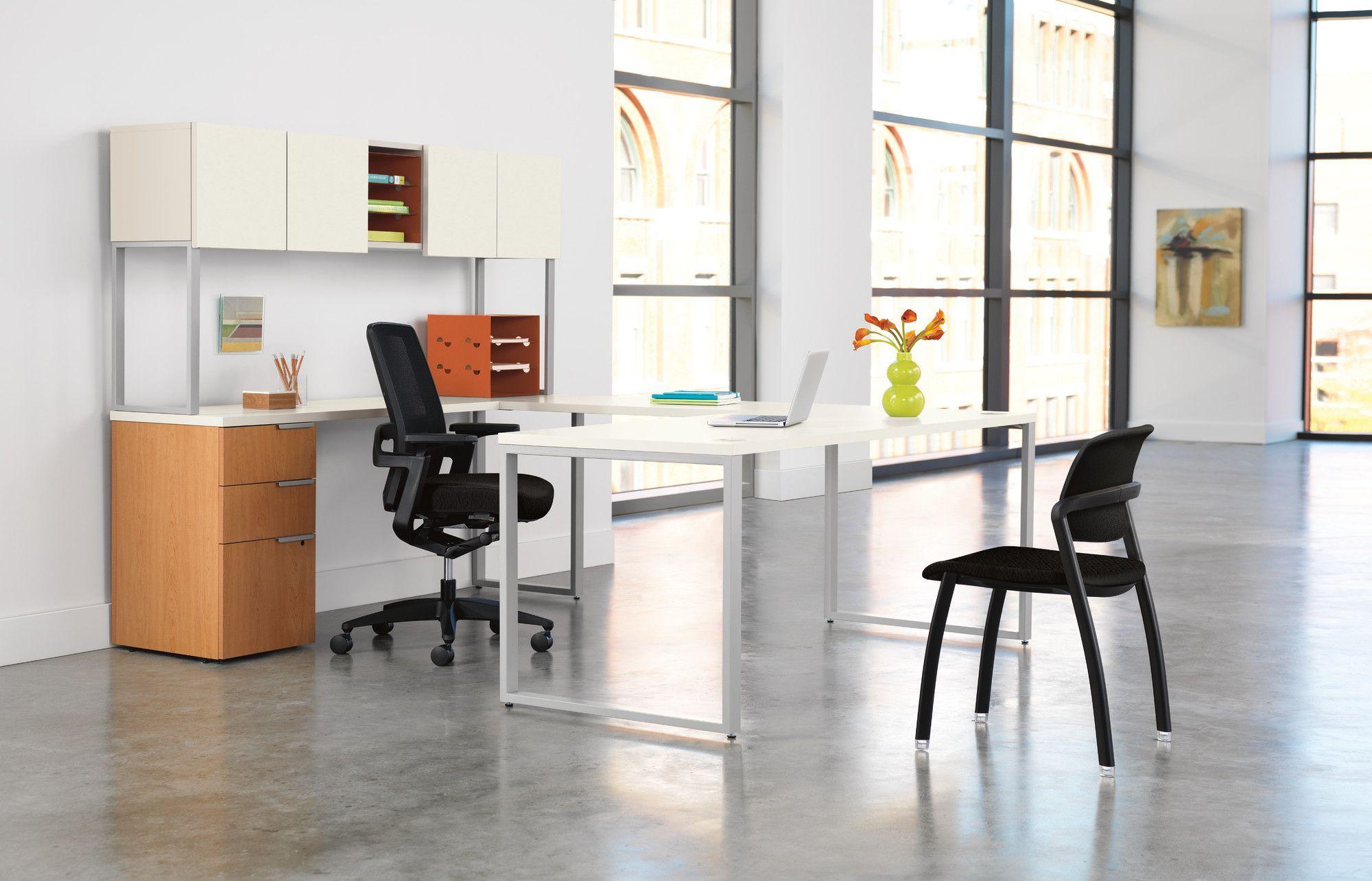 Voi Executive Desk with Stack On Storage