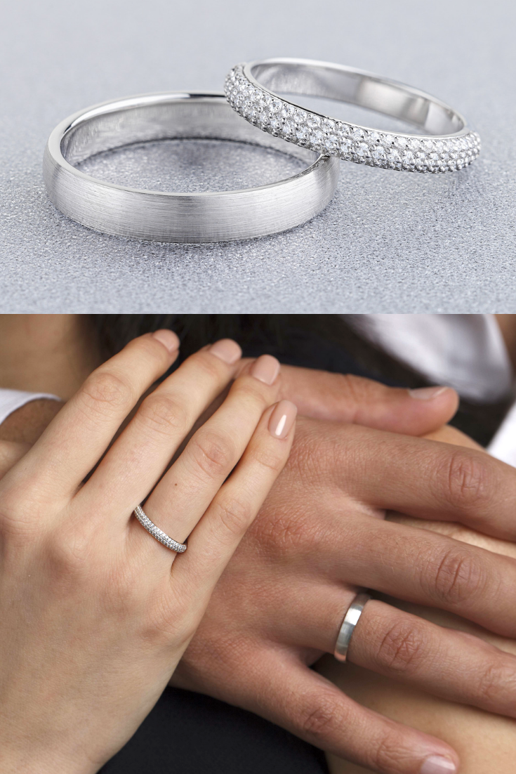 White Gold Wedding Rings Set With Diamonds In Her Ring His Etsy Wedding Rings Sets Gold Couple Wedding Rings Wedding Rings Sets His And Hers