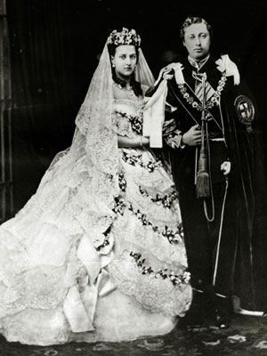 Royal Weddings Princess Alexandra Of Denmark Royal Weddings Queen Victoria Wedding Dress
